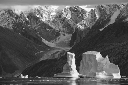 Greenland_09_18_01235b&w_2